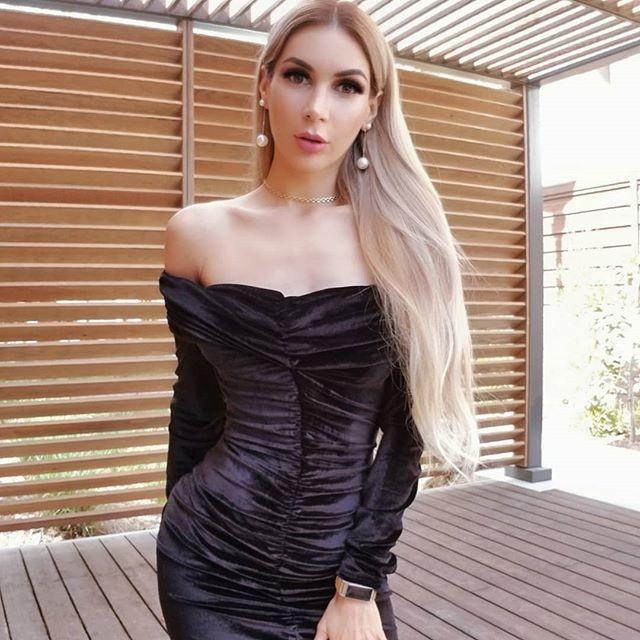 Black Off Shoulder Long Sleeve Over Knee Plat Fashion Bodycon Dress SP056-Black